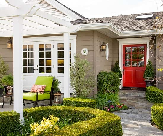 Exterior paint brow with white trim and red door