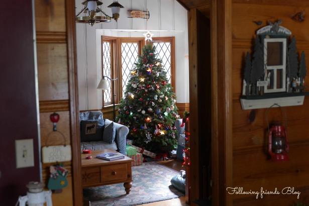 Christmas Tree 2013 Following Friends Blog