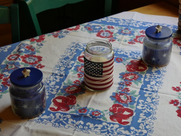 4th of July kitchen Table