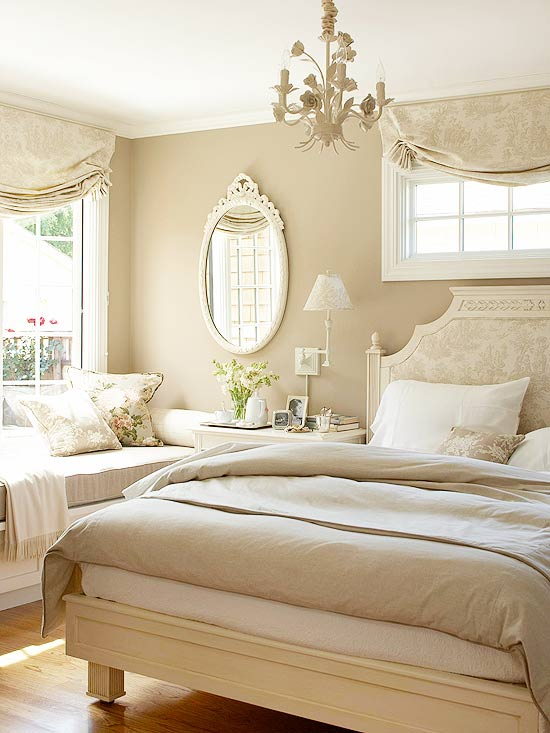 Master Bed in tan and white