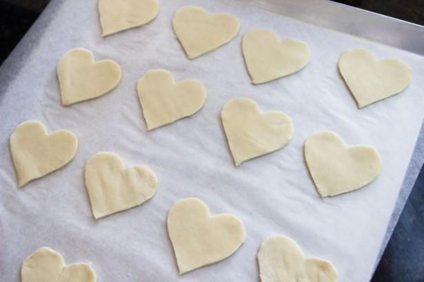 heart shaped pie crust cookies